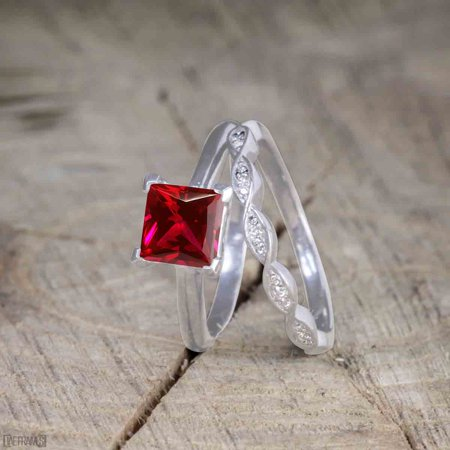 Beautiful 1 Carat Princess cut Ruby Solitaire Engagement Ring for Women in White Gold
