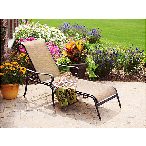 Better Homes and Gardens Paxton Place Outdoor Chaise Lounge