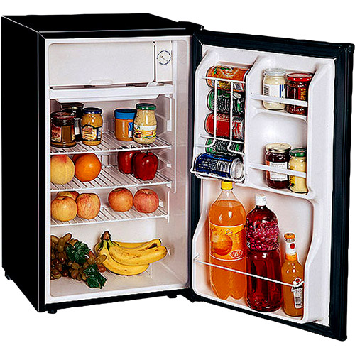 Magic Chef 3.6-Cubic Foot Refrigerator, Black