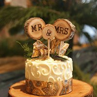 Wooden Round Mr Mrs Shabby Chic Rustic Wedding Cake Topper Pick Decoration-2pack