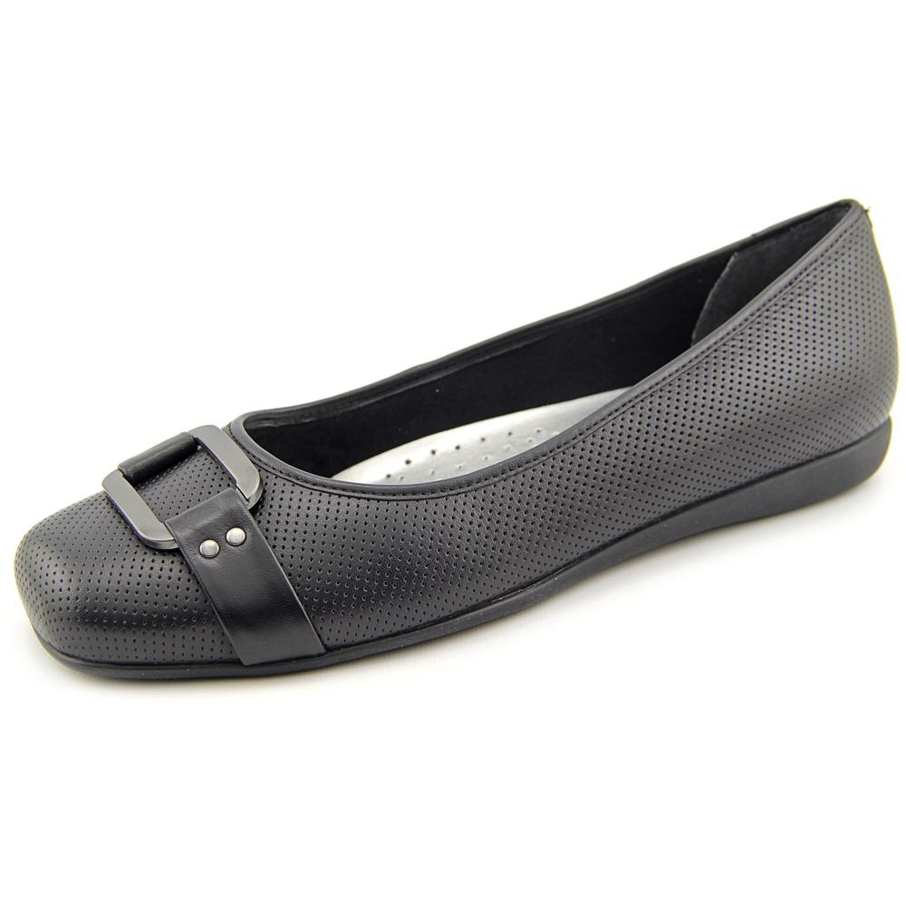 Trotters Womens Sizzle Closed Toe Ballet Flats by Trotters