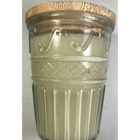 - Swan Creek Timeless Collection Vanilla Pound Cake Candle