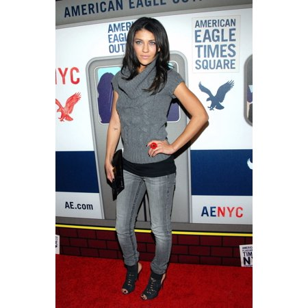 Jessica Szohr In Attendance For The American Eagle Outfitters Flagship Store Preview Party Broadway And 46Th Street New York Ny November 17 2009 Photo By Desiree NavarroEverett Collection (Broadway New York Store)