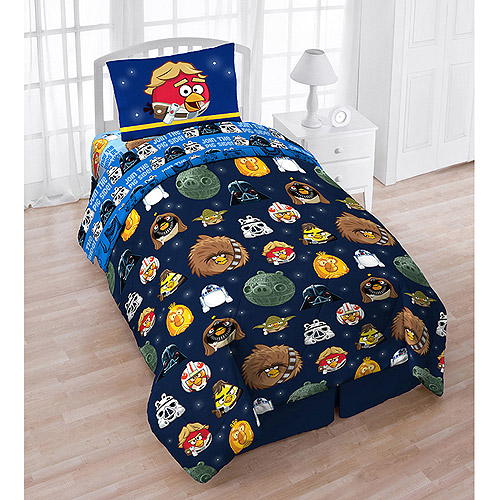 Angry Birds Star Wars 4-Piece Reversible Twin Bedding Set with Bonus Tote