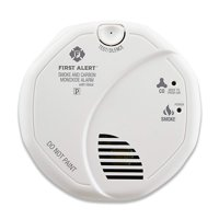 First Alert SCO7CN Combination Smoke and Carbon Monoxide Detector with Voice and Location, Battery Operated