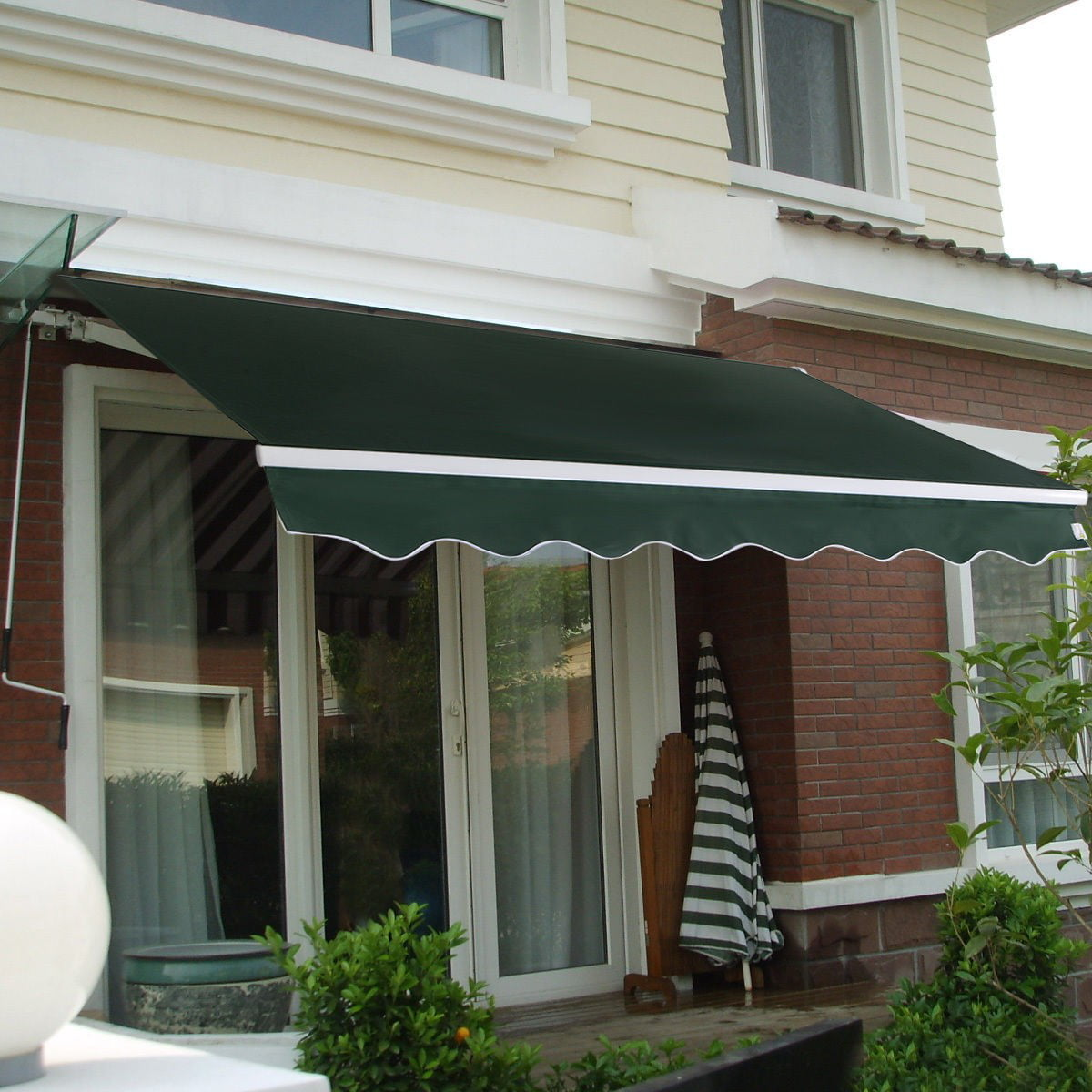 Manual Patio 8.2' x 6.5' Retractable Deck Awning Sunshade ...