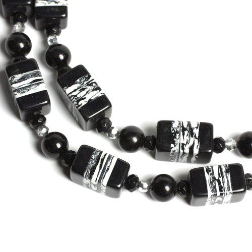 Acrylic Cube Strand, Black