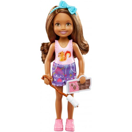 Barbie Camping Fun Chelsea Doll and S'mores Fixings Play Set](Chelsea Smile)