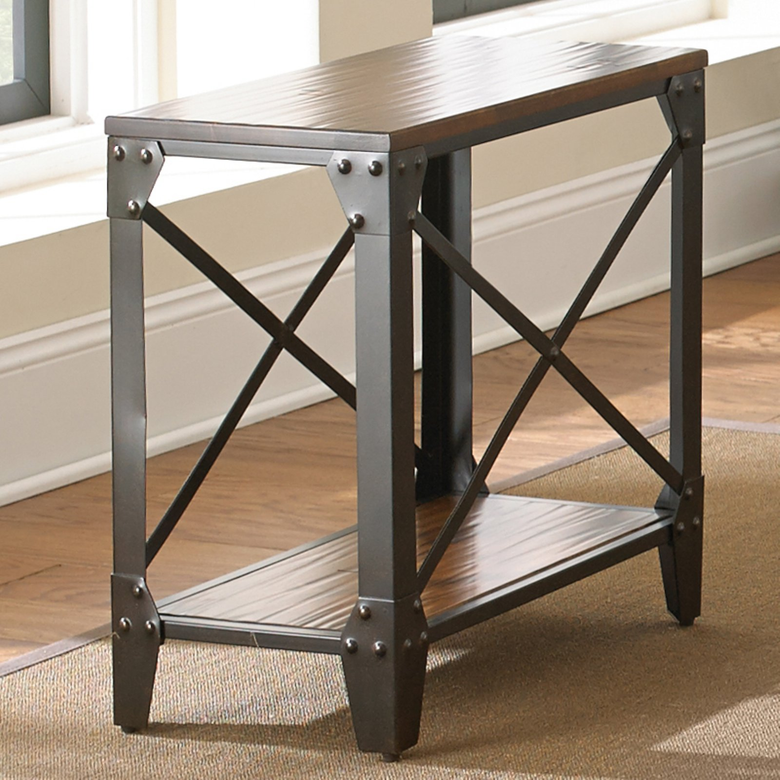Steve Silver Winston Chairside End Table - Rustic Medium Cherry