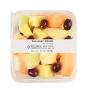 Freshness Guaranteed Seasonal Fruit Blend, 32 oz