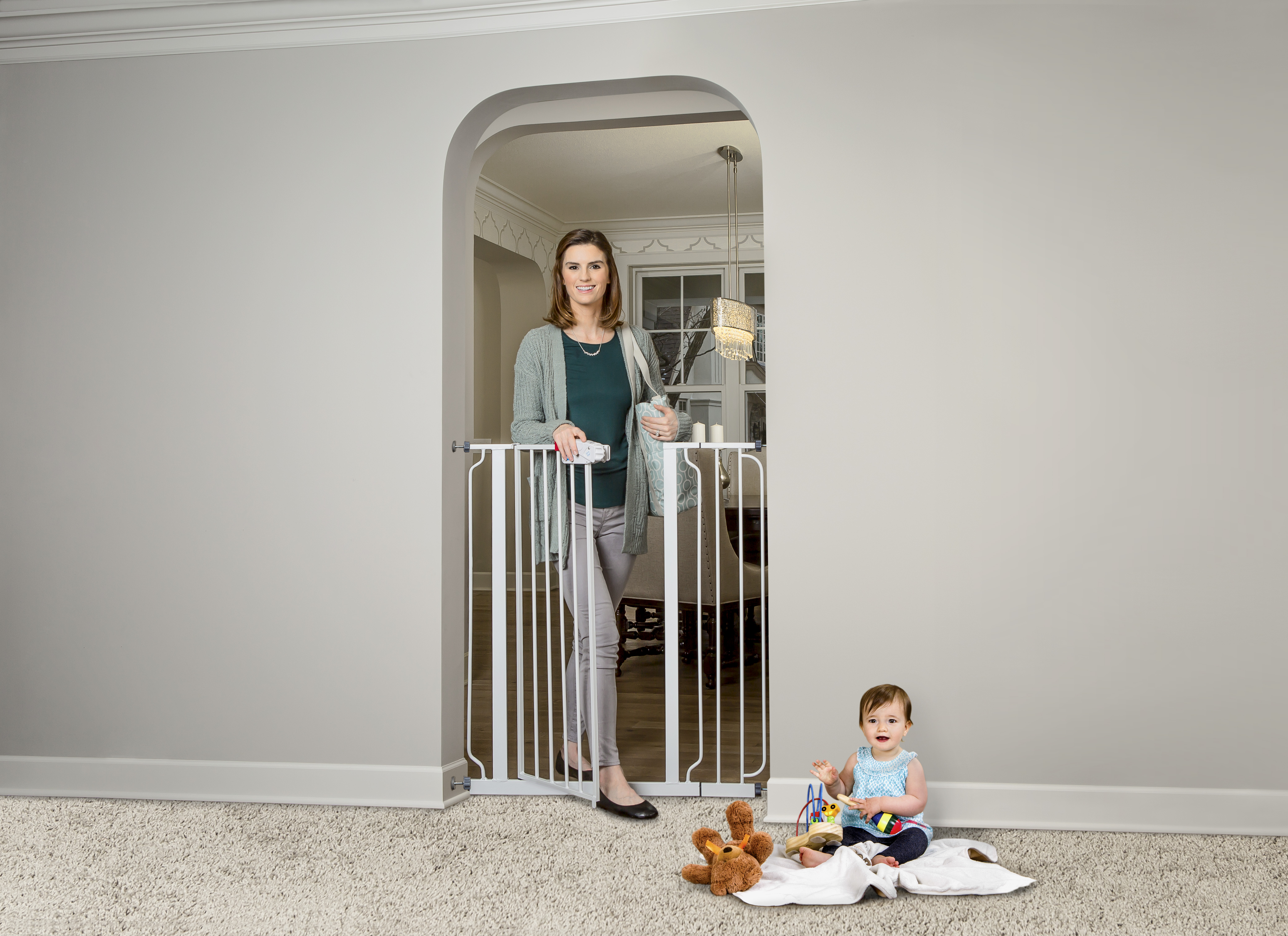 Regalo Baby Gate Metal White Extra Tall With Walk Through