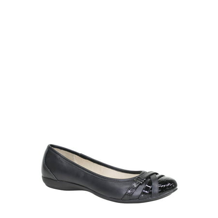 Time and Tru Women's Buckle Toe Flat Shoe (Black Sardonyx Flat)