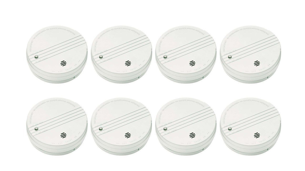 KIDDE SMOKE DETECTOR WITH TEST BUTTON AND 9-VOLT DC BATTERY 8 PACK by KIDDE