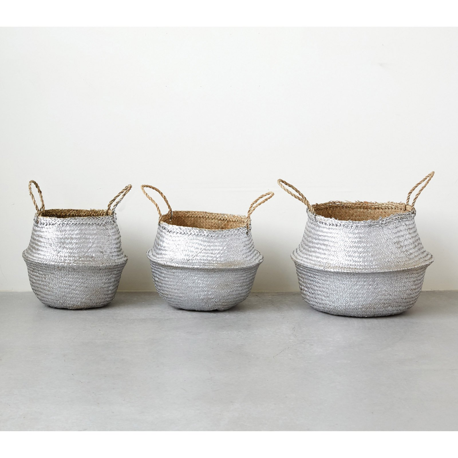3R Studios Collapsible Seagrass Baskets - Set of 3