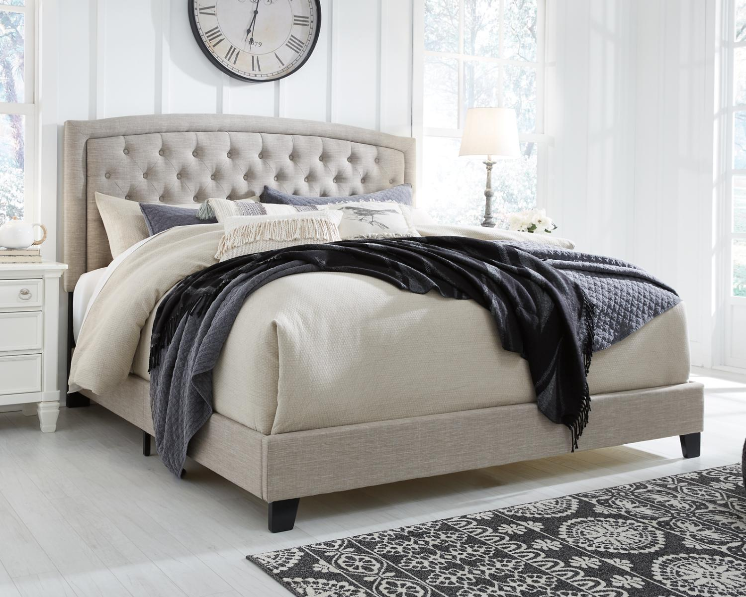 Signature Design By Ashley Jerary Light Gray Tufted Queen Upholstered Bed Walmart Com Walmart Com