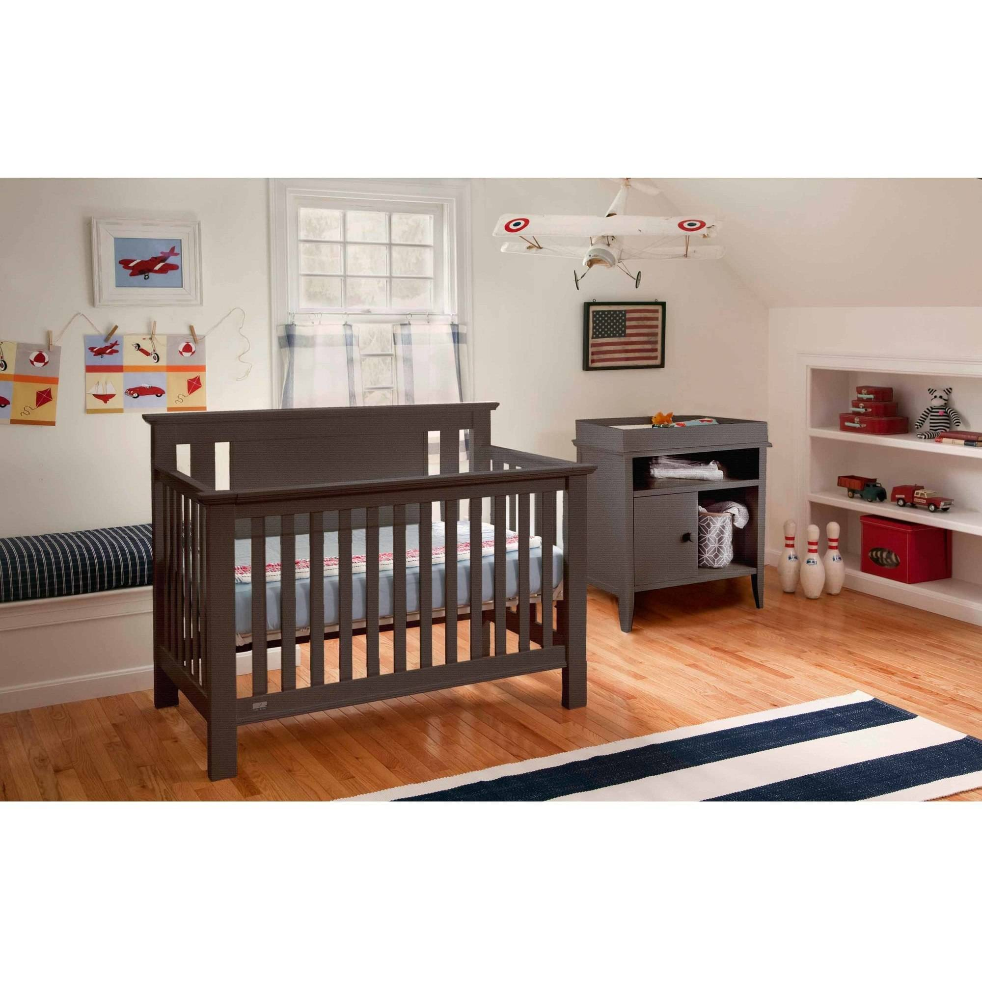 Lolly and Me Delaney 4-in-1 Fixed Side Convertible Crib, Acorn