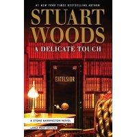 A Delicate Touch (Paperback)(Large Print)