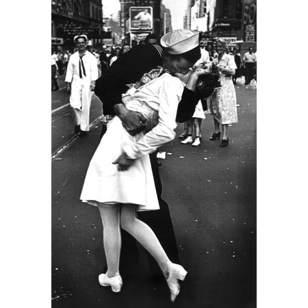 The Kiss VJ Day Times Square NYC New York City Sailor Woman Poster 24x36 inch