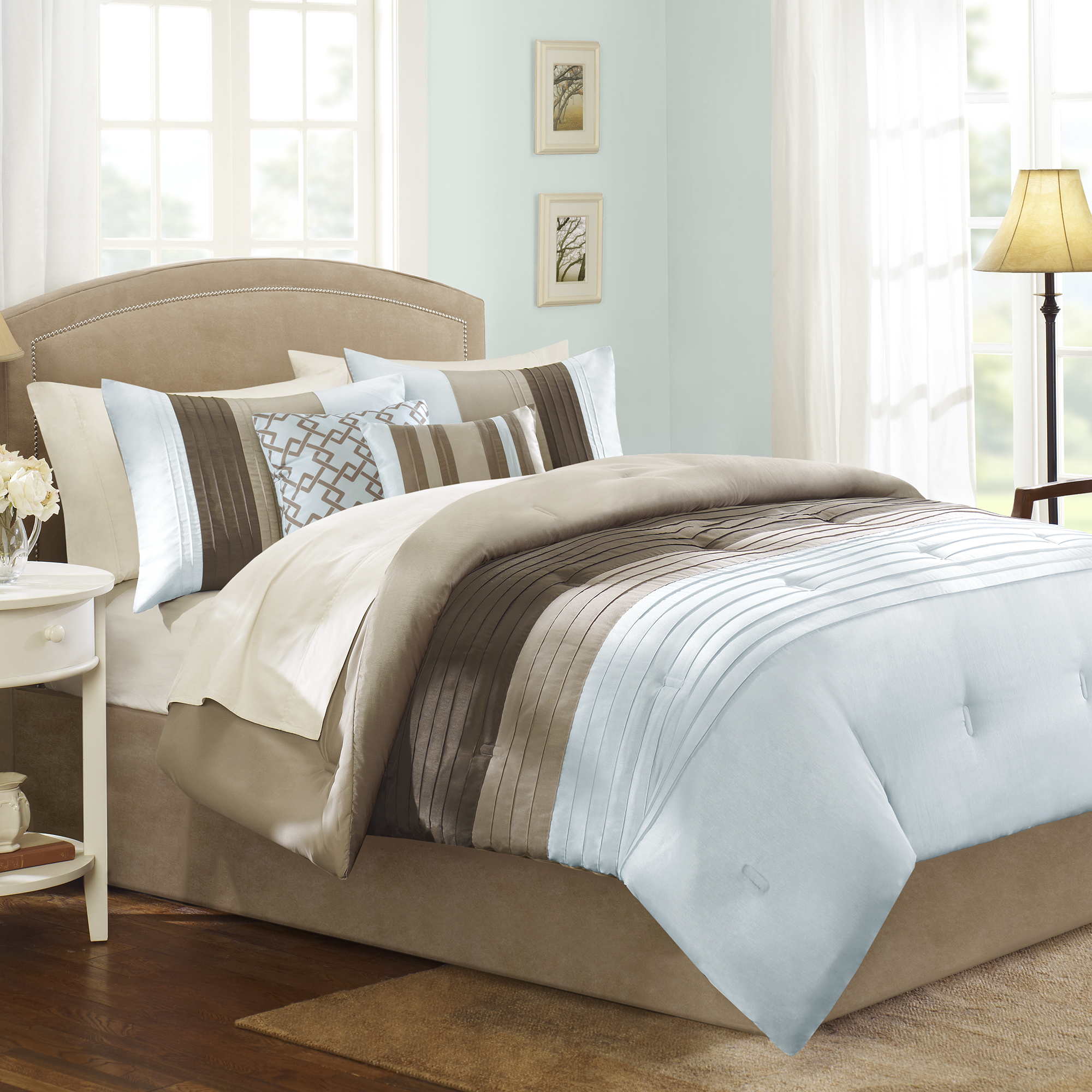 Better Homes and Gardens Pleated 5-Piece Bedding Comforter Set