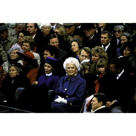 Marilyn Quayle Dan Quayle And Barbara Bush At George Bush Srs Inauguration Photo Print