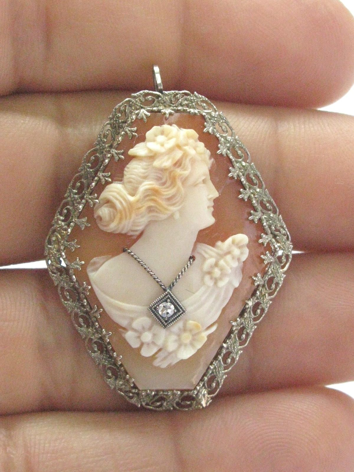 Fine Vintage Cameo Old European Diamond Pin Brooch .02Ct by