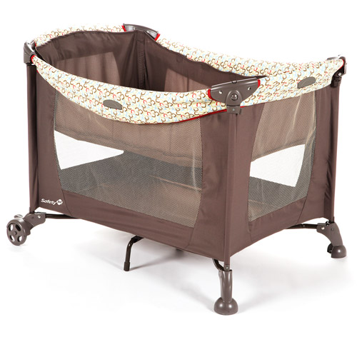 Safety 1st - Travel Ease Playard, Ice Cubes