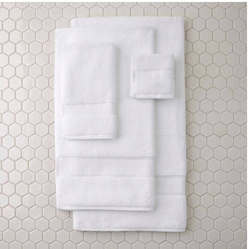Better Homes and Gardens Thick and Plush Bath Towel Collection by Generic