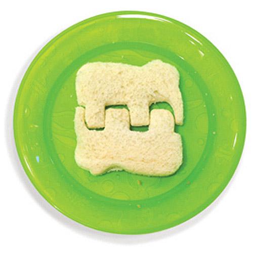 SILLY SANDWICH CUTTERS