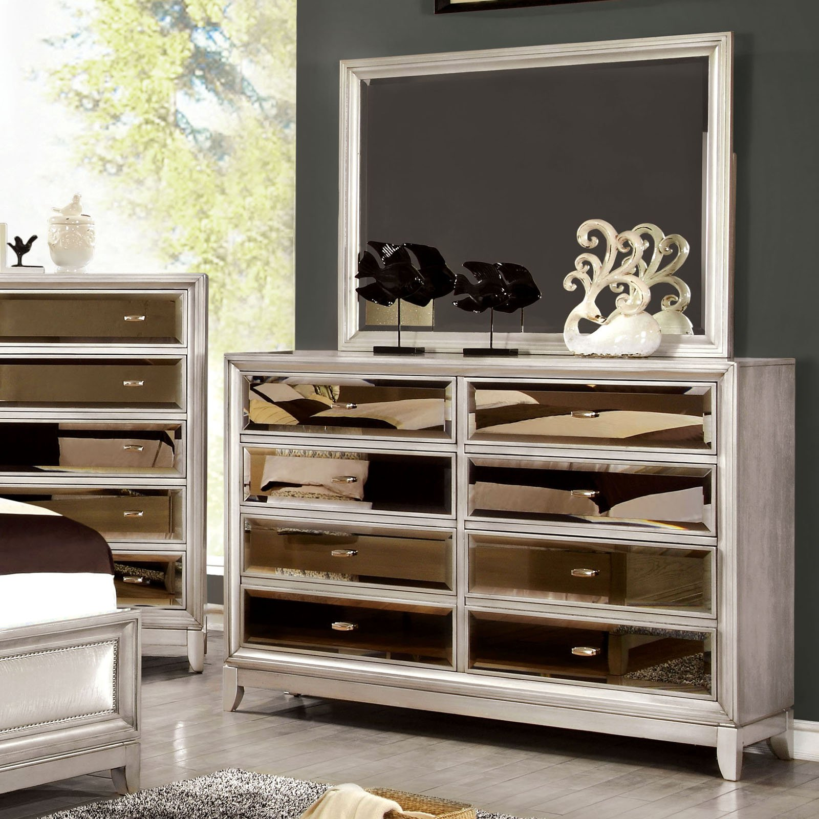 Furniture of America Glaciara 8 Drawer Dresser with Mirror
