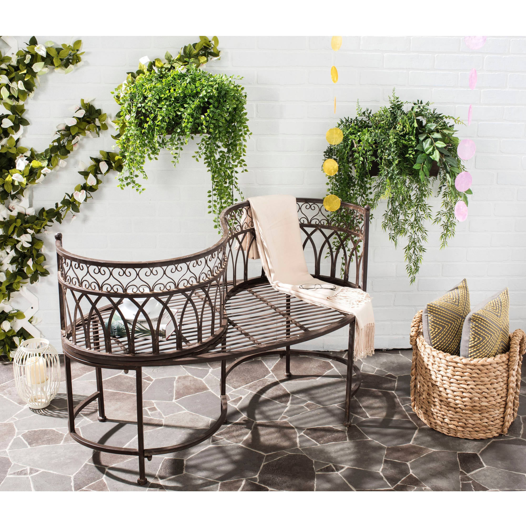 Safavieh Lara Outdoor Kissing Bench