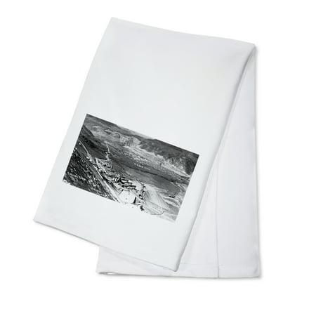 Grand Coulee Dam, Washington - Aerial of Dam and Mason City (100% Cotton Kitchen Towel) - Dominos Mason City
