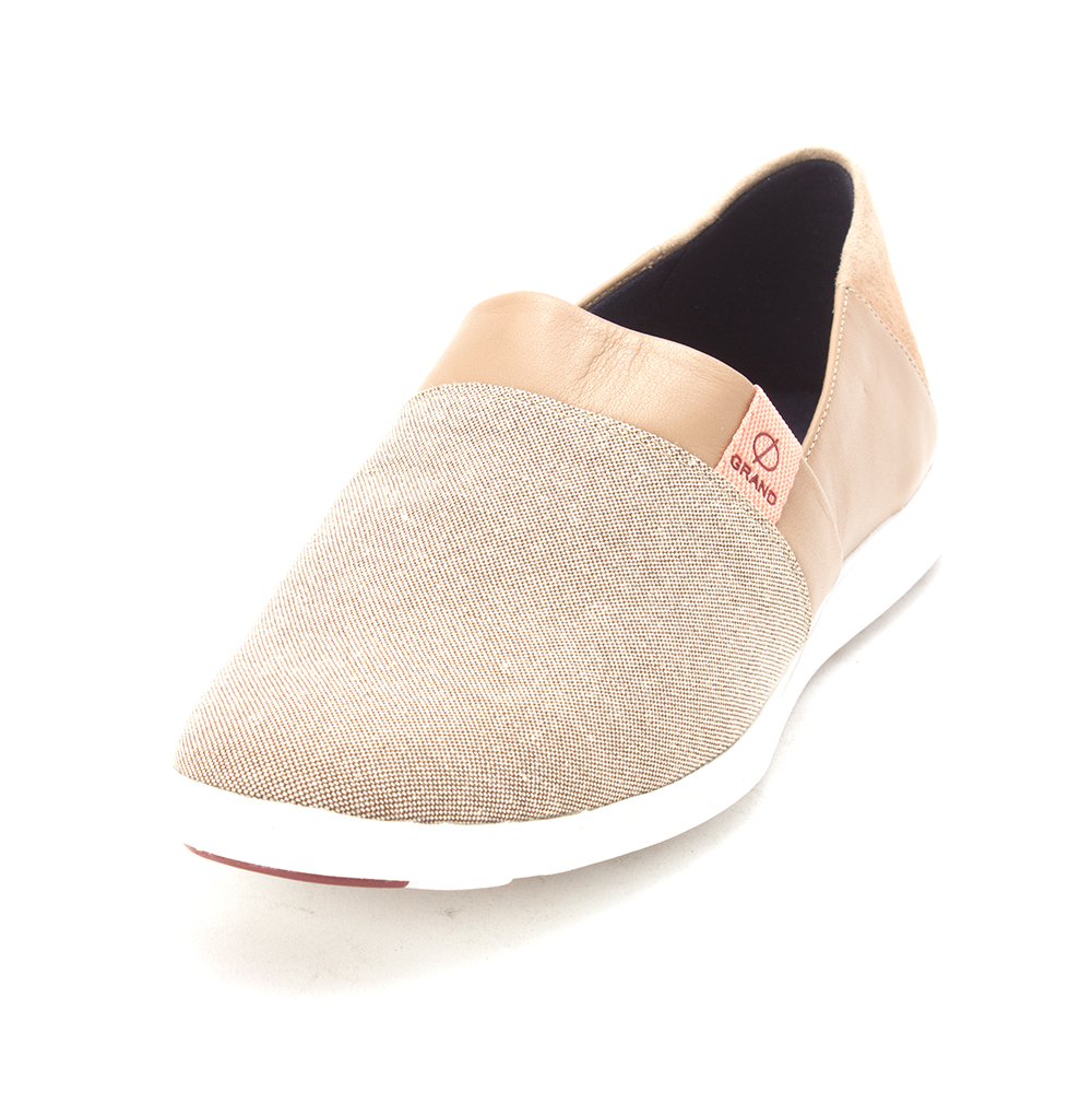Cole Haan Womens 15A4158 Canvas Low Top Slip On Fashion Sneakers