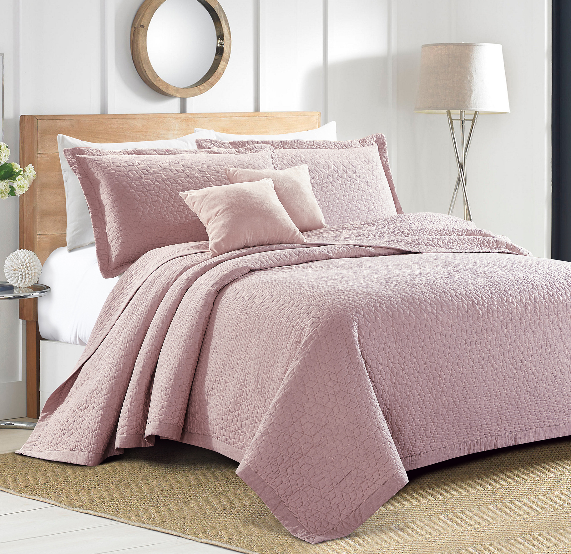 Sherry Kline Out of the Box Embroidered 3-piece Queen Pink Cotton Quilt Set