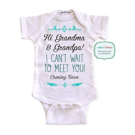 Hi Grandma & Grandpa! I can't wait to meet you! Coming Soon - cute & funny surprise baby birth pregnancy announcement - White Newborn Size (0-3 Mos) Unisex Baby - Baby Grandpa Halloween