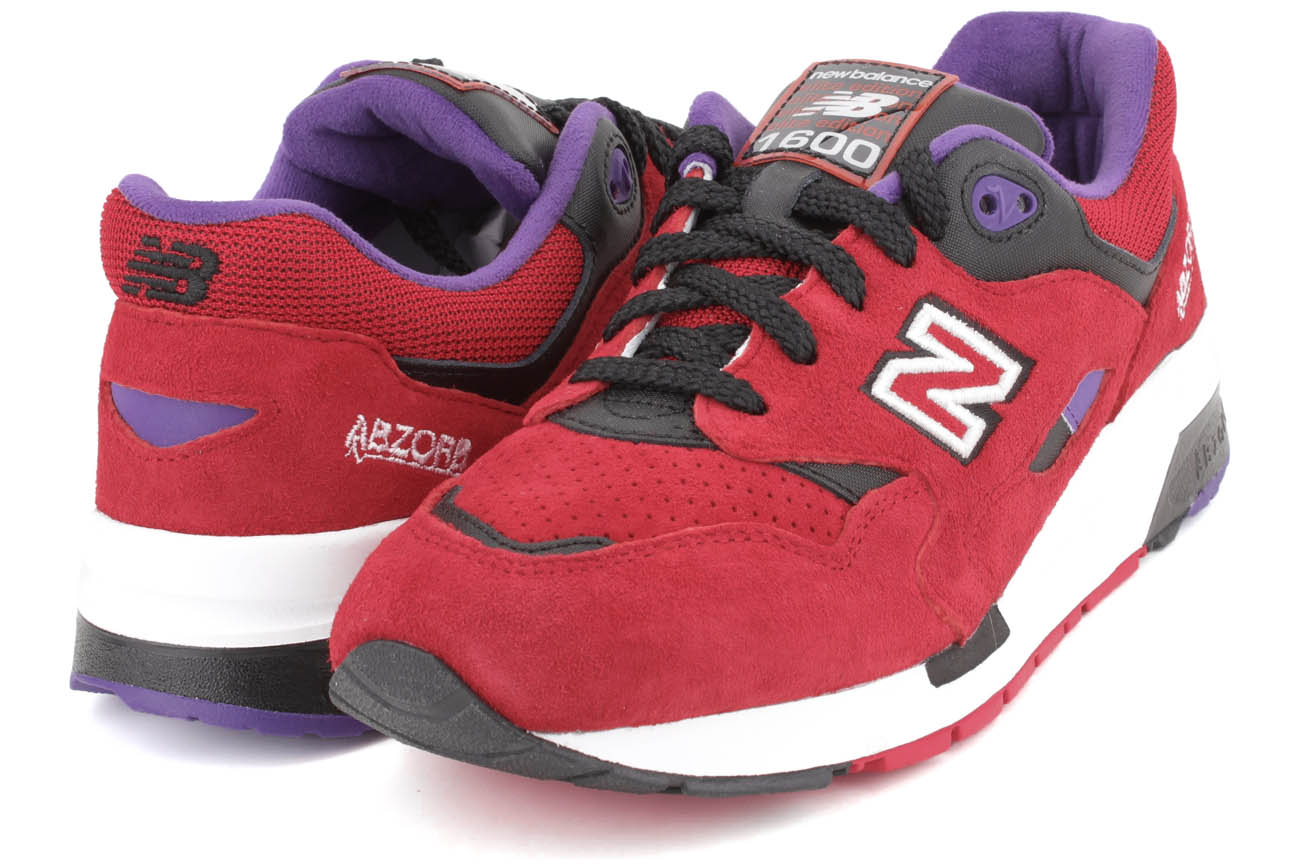 Click here to buy New Balance 1600 Series Elite Edition Pinball Men