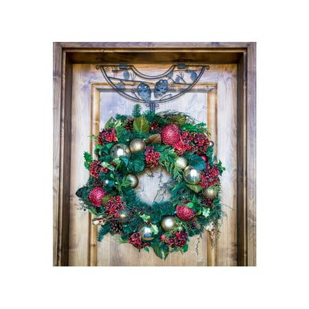24 Brown Pinecone Design Adjustable Decorative Christmas Wreath