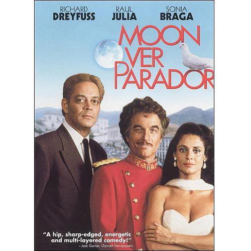 Moon Over Parador (Widescreen)