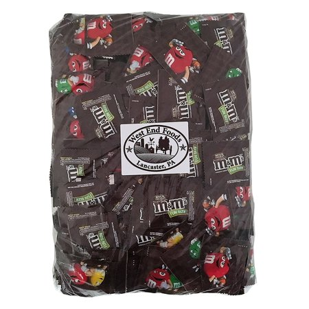 M&M's Milk Chocolate, Classic Candy (5 lbs) Bulk of Fun Size Snacks in a Bag. Perfect for a Party, Buffet, Pinata, Office, Wedding Favors, Valentine's Day, Halloween, or Christmas Gift - Reese Pieces Halloween Size