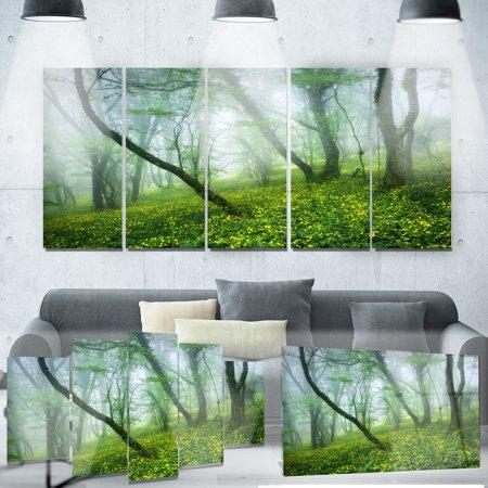 Leaf Design Wall Grille - DESIGN ART Designart 'Mysterious Forest Green Leaves' Landscape Photo Metal Wall Art