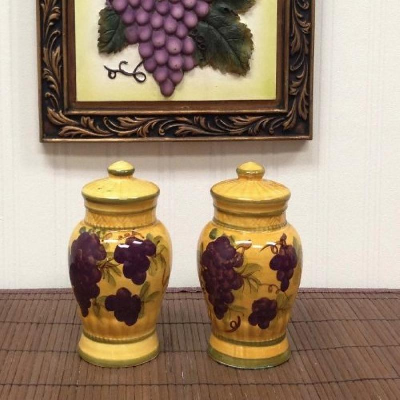 Sonoma Collection Deluxe Handcarfted Salt & Pepper Shaker Set