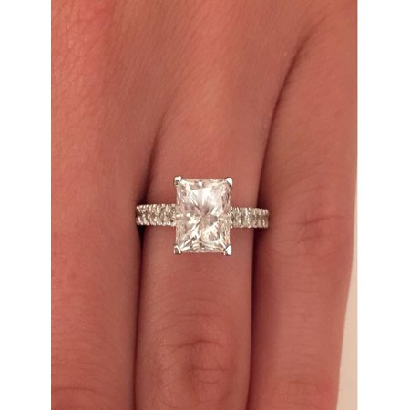 Limited Time Sale 1.25 Carat Diamond Engagement Ring in 10k White Gold on Sale Under