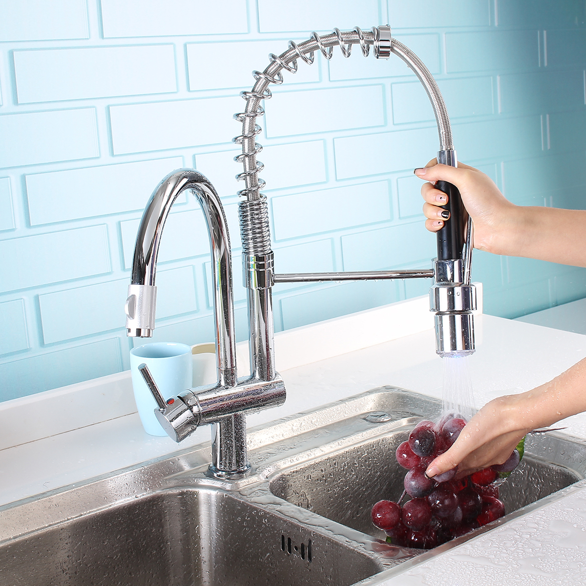 Chrome Brass LED Kitchen Sink Faucet Pull Out Spray Rotating Spout Mixer Tap