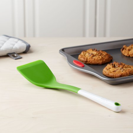 Tasty Silicone Heat Resistant Solid Green Turner