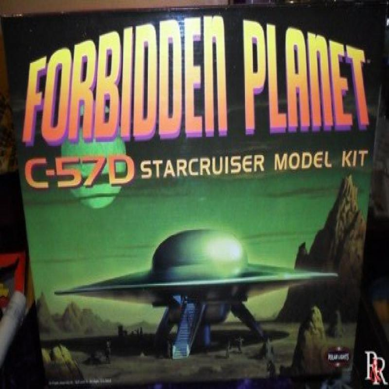 Polar Lights The Forbidden Planet C-57D Starcruiser Model Kit Spaceship MISB by Polar Lights