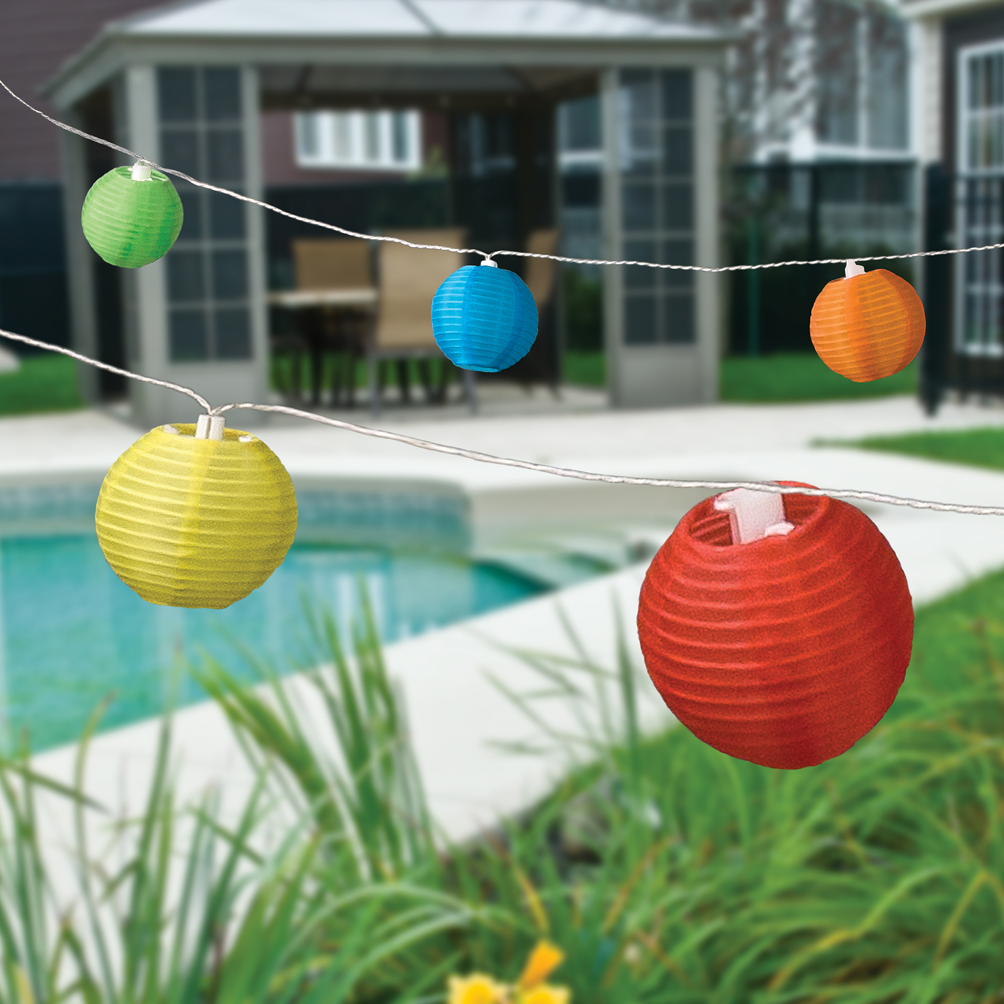 Paradise Lighting Solar 10-Piece Fabric Lantern String Light