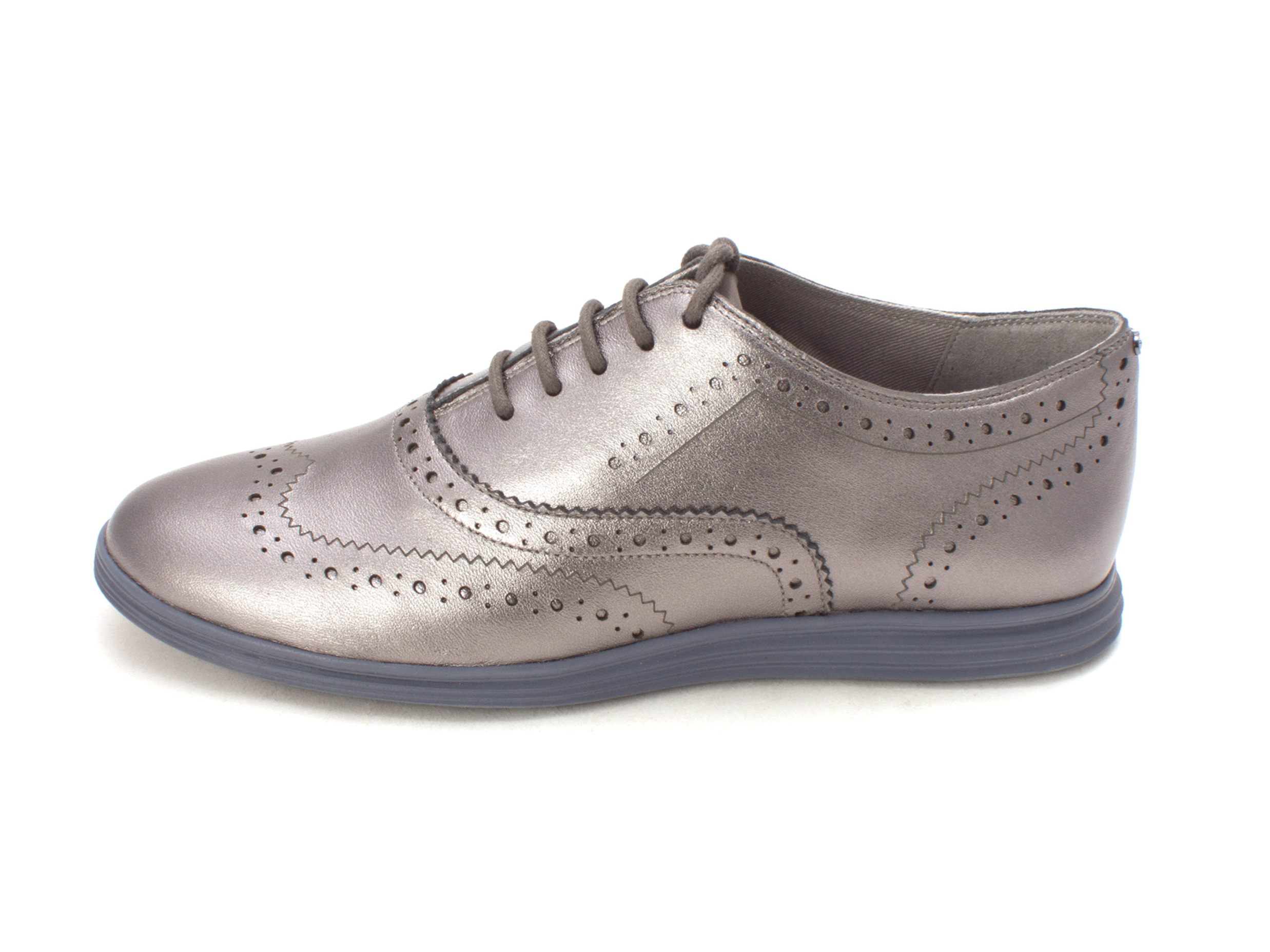 Cole Haan Womens 15A4213 Low Top Lace Up Fashion Sneakers, Dark Silver, Size 6.0
