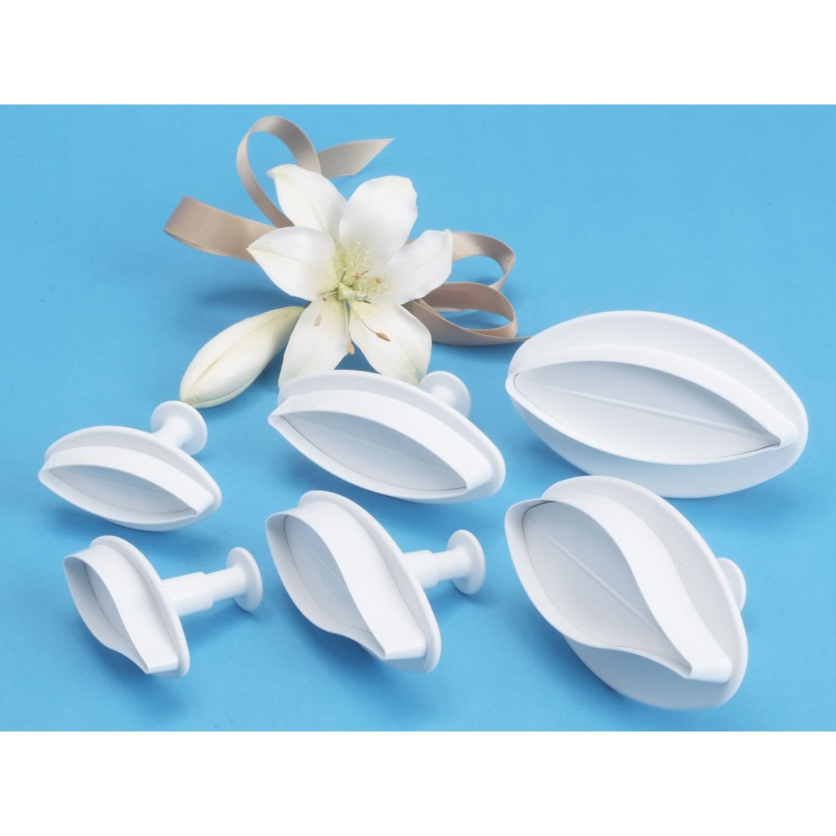 Plunger Cutters 2/Pkg-Veined Lily
