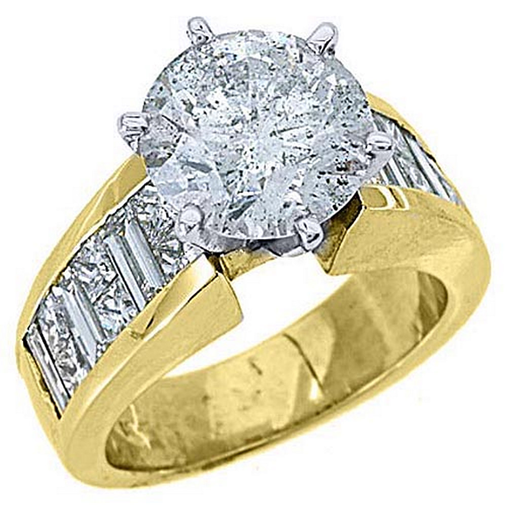 18k Yellow Gold 6.05 Carats Round Princess & Baguette Cut Diamond Engagement Ring