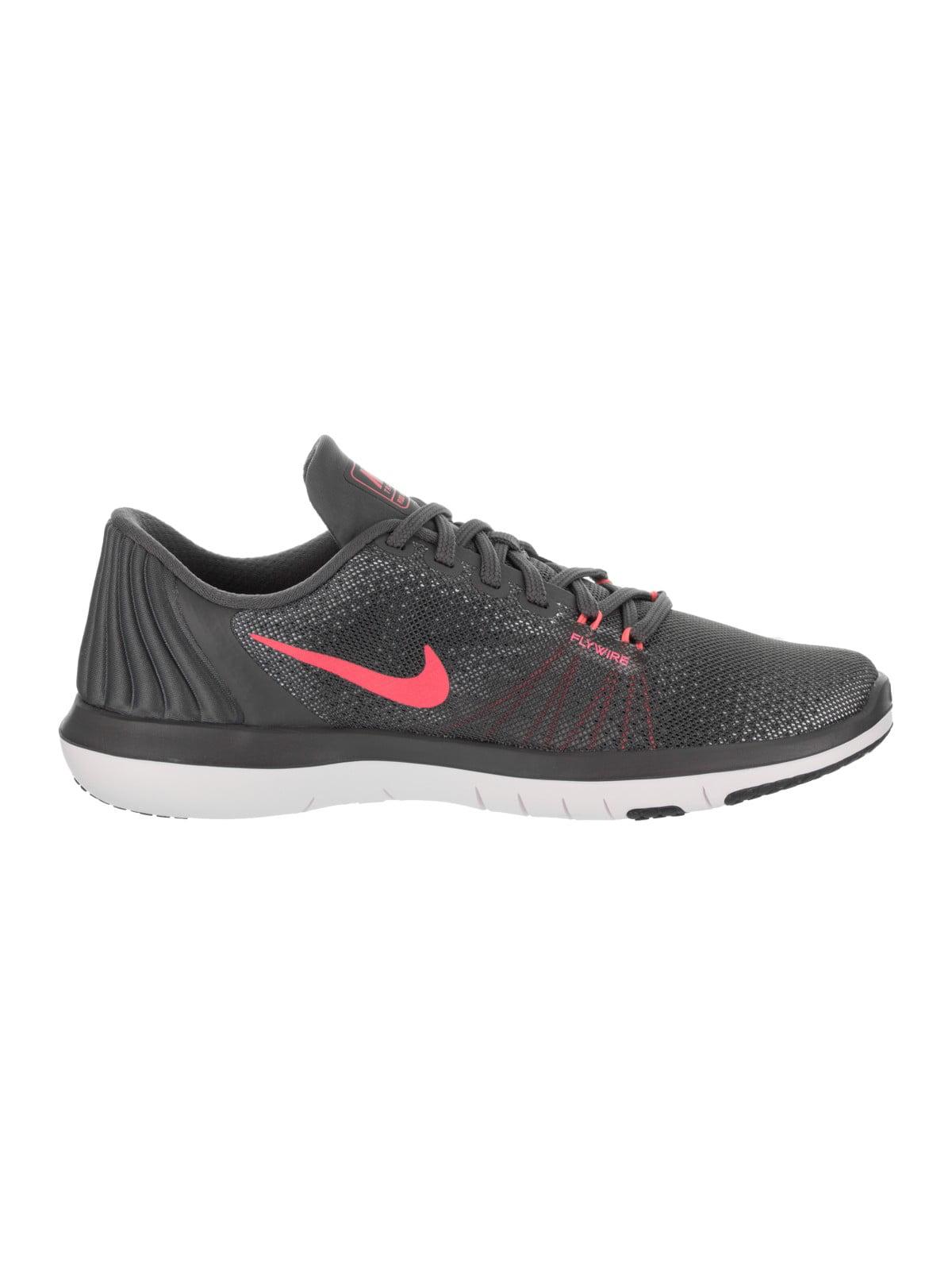 51a800885c92d Nike Women s Flex Supreme Tr 5 Training Shoe
