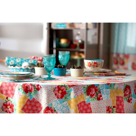 The Pioneer Woman Patchwork Tablecloth 70 Quot Round